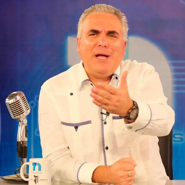Roberto Cavada en vivo online